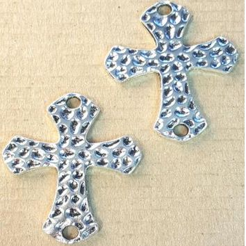 AB-0215 - Antique Silver Hammered Cross Jewelry Connector, 33x42mm | Pkg 2