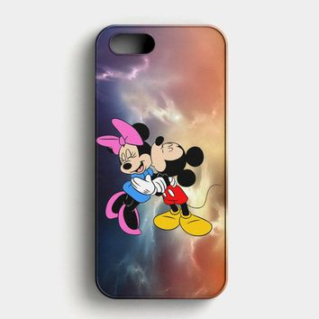 Mickey Mouse And Minnie Mouse Cute Couple Cartoon iPhone SE Case