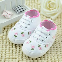 Baby Girl Shoes White Lace Floral Embroidered Soft Shoes Walking Toddler Shoes