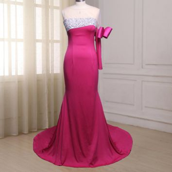 One Long Sleeve Prom Dresses Scoop Neck Court Train Beaded Sequin Formal Evening Gowns Side Zipper