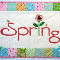Spring Wall Hanging, Quilted Wall Hanging, Spring Quilt, Spring Banner