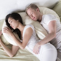 Amazon.com: Avana Duo Memory Foam Side Sleeper Pillow with Bamboo Cover
