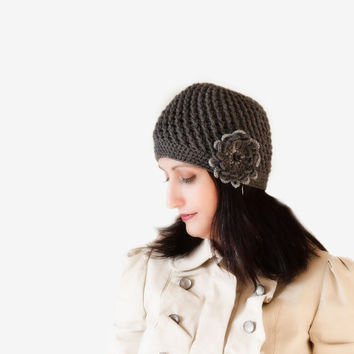 Women hat with crochet flower, Women Winter Crochet Hat, Women Beanie, Grey, Hat with flower, Flower applique, Grey Chunky