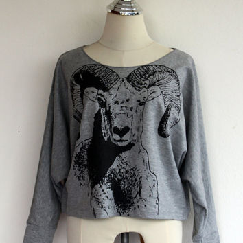 Sheep Sweatshirt , Mountain Sheep Sweater Animal Screenprint Women Shirt Pullover Oversize Bat Wing Style Half Body In Gray sweater.