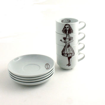 Alice in Wonderland 4 Espresso Cups Porcelain Drink Me Whimsical Lewis Carroll Literature English Stacking