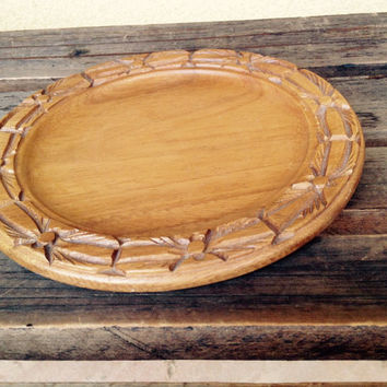 Monkey Pod Small Wooden Round  Tray - handcarved wood
