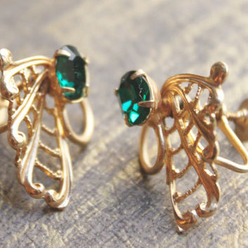 Pop Vintage-80's Emerald Green Rhinestone Cut Gold Tone Earrings- Open work -  -Screw Backs