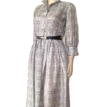 Vintage 50s LANGLEY England Pale Silver Grey SILK Antique Print Pleated Shirtdress M. 50s Secretary Dress MadMan Original Silk Dress M