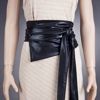 IMPRESSIVE BLACK Wide Belt / Corset Look