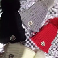 PEAPYN6 Moncler 00110 Cable Knit Beanie