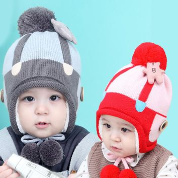 2017 sun moon good winter baby hat  fight color bear plus plush cap children cashmere protection wool ball beanies cover ear