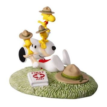 The PEANUTS® Gang First Aid Lessons Ornament