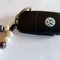 Freshwater Pearl and leather key chain