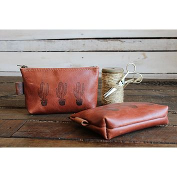 Leather Zipper Pouch | Small Dopp Kit | Free Personalization