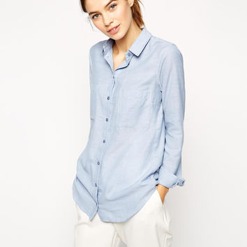 Blue Long-sleeve Button Collared Shirt