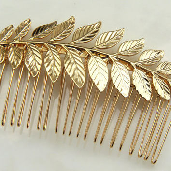 ON SALE: bride hair comb - 24k gold plated Bridal hair comb - Victorian shabby chic vintage style - Gold hair comb