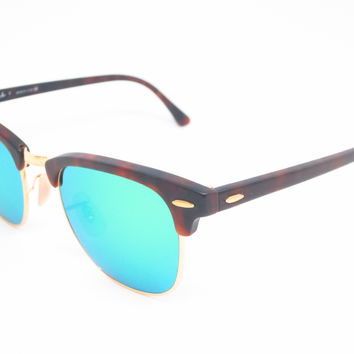 Ray-Ban RB 3016 Clubmaster 1145/19 Sand Havana / Gold Sunglasses