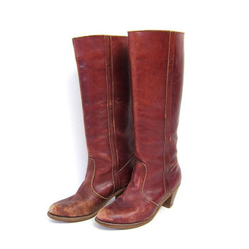 Vintage tall leather cowboots. Distressed & worn cowboy boots. Red leather riding boots. High wooden heels. Dexter 70s western boots