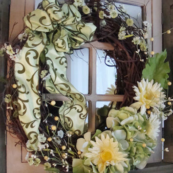 Spring Wreaths, Hydrangeas, Daisies, Summer Wreaths, Country French Decor, Grapevine Wreaths, Wreath, Front Door Wreaths, Shabby Chic, Decor