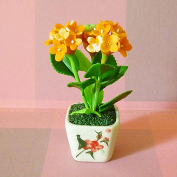 Hydrangea flower pot H 9.2 cm. Tree figure Dollhouse miniture /Mini flower pots/ Miniature flower