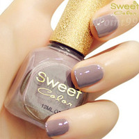 Fashion Nude Grey Nail Polish