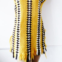 vintage hippie tabard top . bumblebee . festival . yellow black white . knitted . crochet . tassels . small medium  . retro poncho