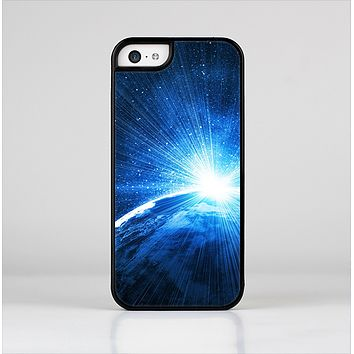 The Bright Blue Earth Light Flash Skin-Sert Case for the Apple iPhone 5c