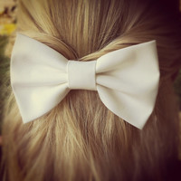 white BIG Bow - hair bow (S-N-013)