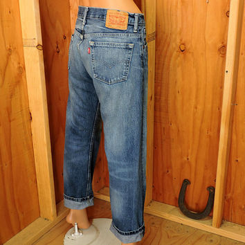 Vintage Levis 569 30 X 30 / 80s 90s high waisted medium wash Levi straight leg jeans / loose fit boyfriend retro levis