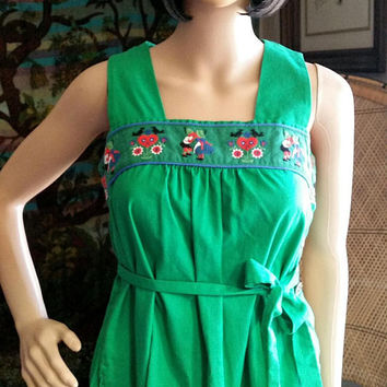 Vintage Lanz Original Green Embroidered Dress, Green Lanz Original Dress, Green Embroidered Dress, Dutch Kissing Couple Embroidered SM