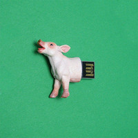 Hemingwayfun: Pig 4GB USB Flash Drive, at 17% off!