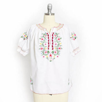 Vintage 60s Blouse - Embroidered Floral Ivory Cotton Boho Peasant Top 1960s - Small / Medium