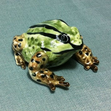 Miniature Ceramic Frog Toad Animal Cute Little Tiny Small Green Brown Black Figurine Statue Decoration Hand Painted Craft Collectible Figure