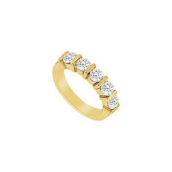 Diamond Wedding Band : 14K Yellow Gold - 0.25 CT Diamonds