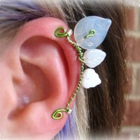 Nimrodel Ear Cuff elvish Tolkien white leaf leaves green silver wire glass bead LOTR Lord of the Rings