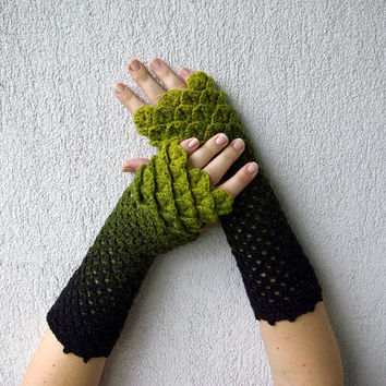 Cute arm warmers Crochet mittens in green black dragon egg pattern