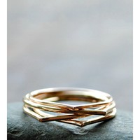 Thin Gold Raindrop Ring