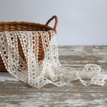 Vintage Crocheted Lace cream off white cottage chic victorian edwardian