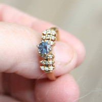 Vintage Alexandrite diamond ring genuine natural stones 14kt yellow gold setting