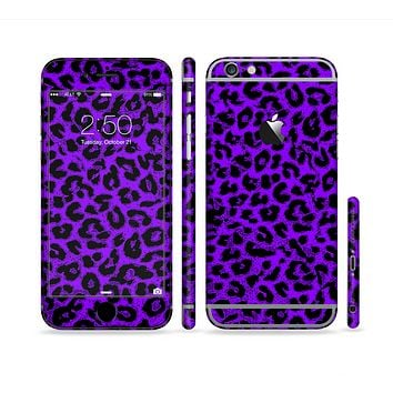 The Vibrant Violet Leopard Print Sectioned Skin Series for the Apple iPhone 6 Plus