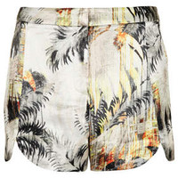 PETITE LUX PALM PRINT SCALLOP SHORTS