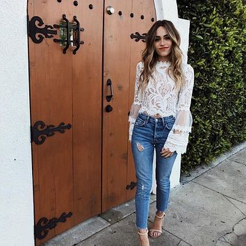 2019 New style Fashion Summer bell sleeve laced crop tops sexy o-neck white blouses ladies casual shirts