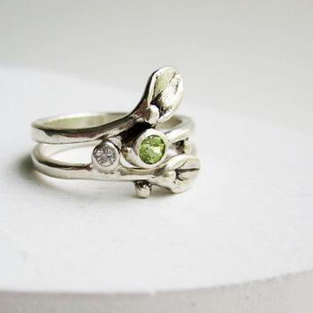 READY TO SHIP,Size 6, Set of 2 Rings, Small Leaf Silver Rings with Peridot and White sapphire