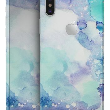 Mint Absorbed Watercolor Texture - iPhone X Skin-Kit