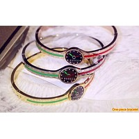 GUCCI street fashion men and women models embossed double G simple wild bracelet