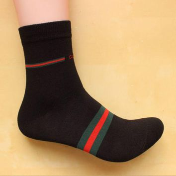 DCCKJ1A GUCCI summer and autumn cotton fight four seasons deodorant in the tube socks male youth sports and leisure socks Black