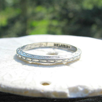1920s Art Deco Wedding Band, Elegant 18K White Gold EternityWedding Band Ring, Belais Bros, Hand Engraved 1923, Hard to Find Size 8.25