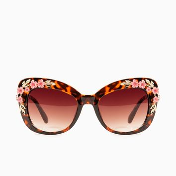 ShopSosie Style : Flower Power Sunglasses in Tortoise