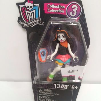 "2016 Mega Bloks Series 3 Monster High 3"" Skelita Figure"