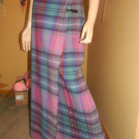 On Sale Pleated LTD Scottish Wool Kilt Skirt. FRINGE Accents. Leather buckles .Accordion pleats.Vintage scotland skirt